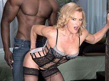 Amanda Verhooks, dark meat-thermometer booty slut