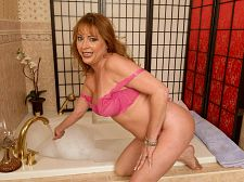 Gigi is succulent and soapy