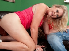 This sex cream pie begins with Kay