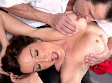 How a SEXY HOUSEWIFE sucks and shags, by Rachel Steele